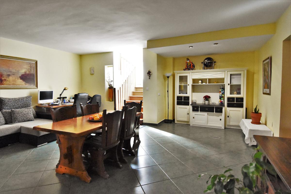 House in Alhaurín de la Torre R3856273 20