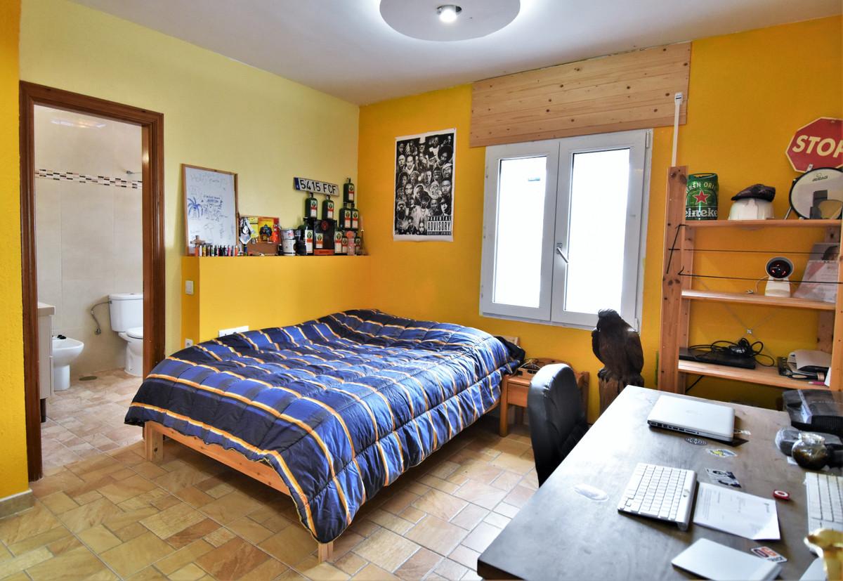 House in Alhaurín de la Torre R3856273 22