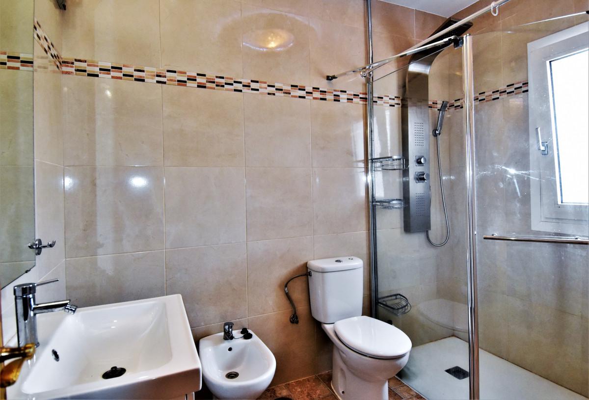 House in Alhaurín de la Torre R3856273 28