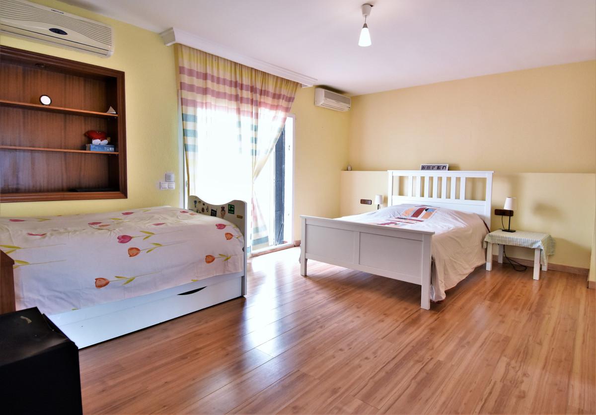 House in Alhaurín de la Torre R3856273 29