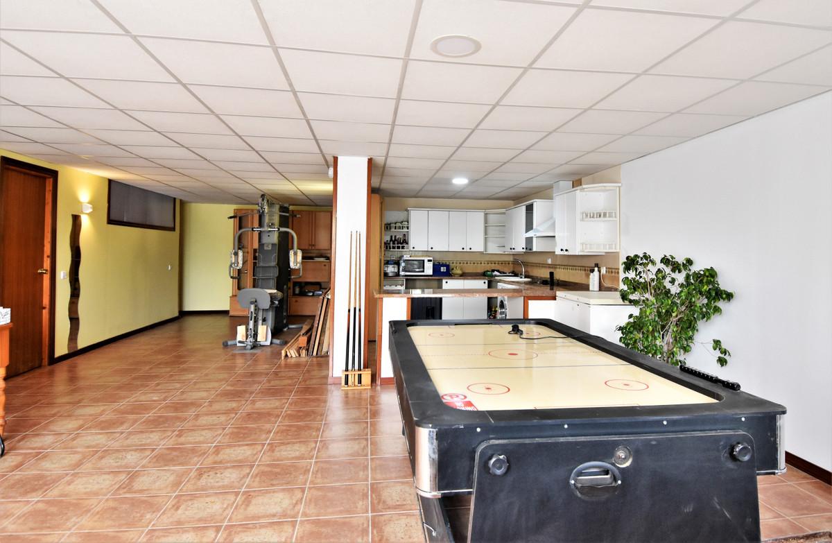 House in Alhaurín de la Torre R3856273 34