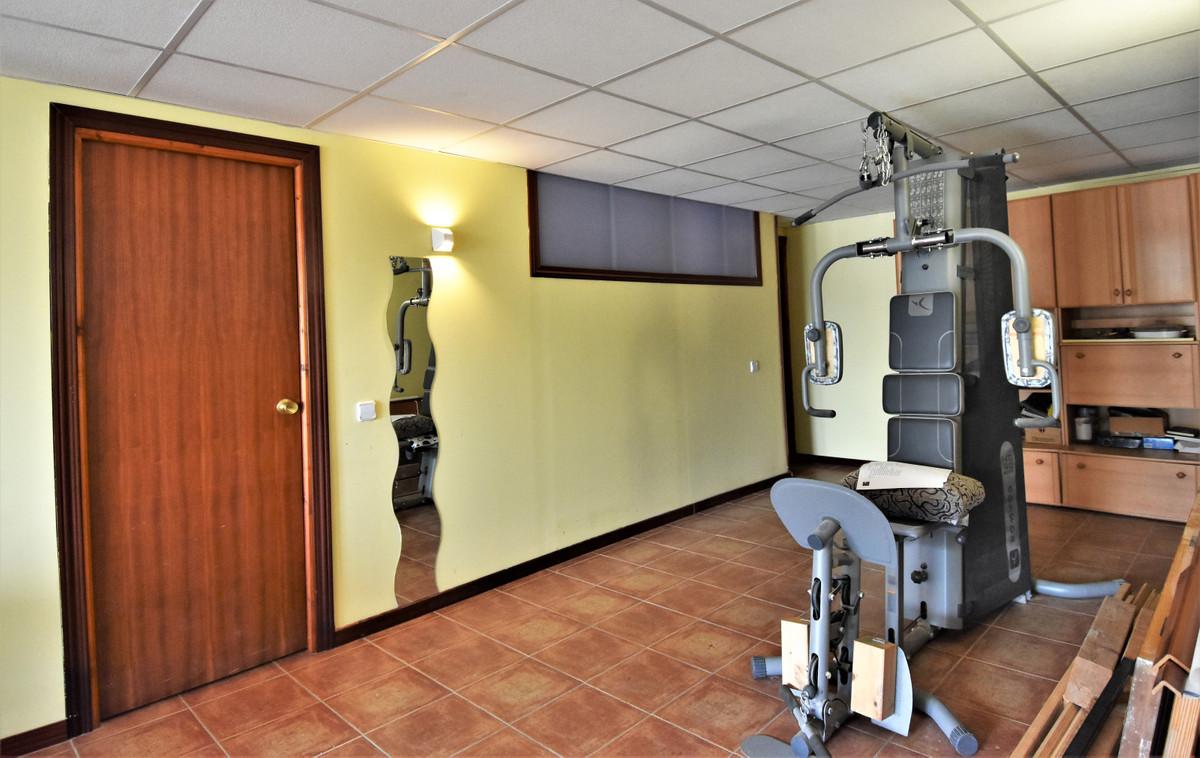 House in Alhaurín de la Torre R3856273 36