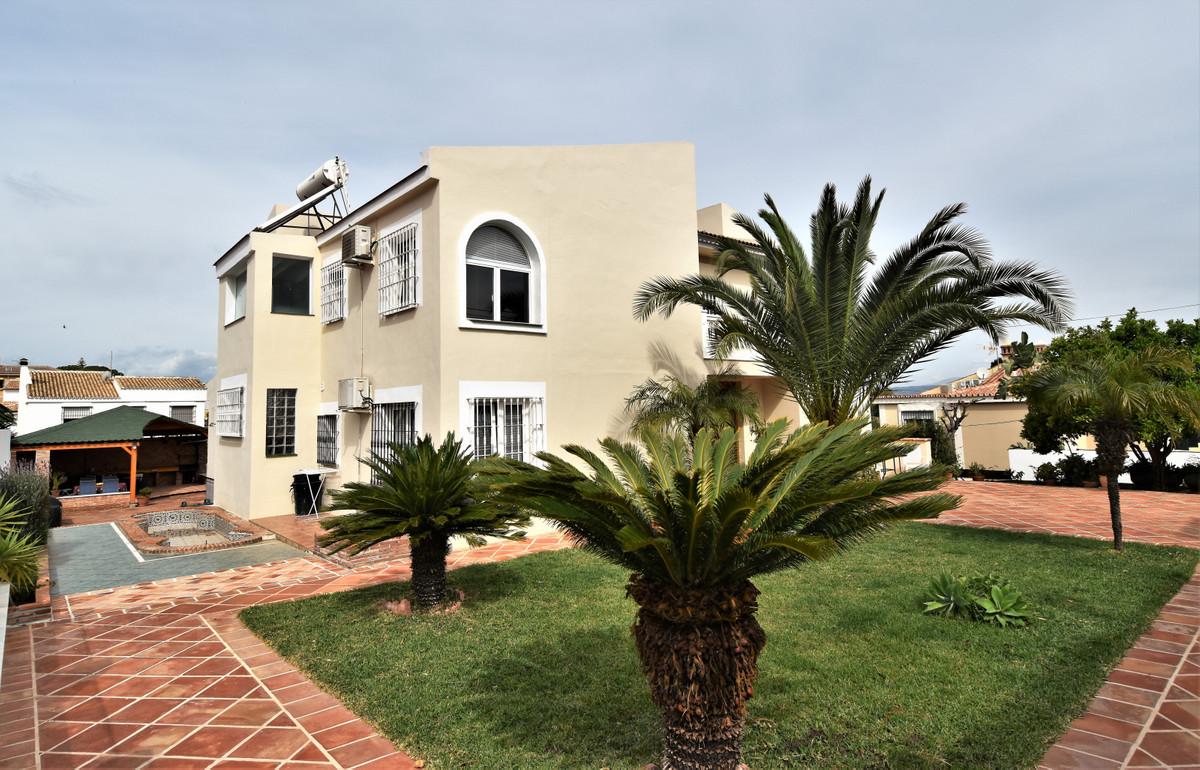 House in Alhaurín de la Torre R3856273 42