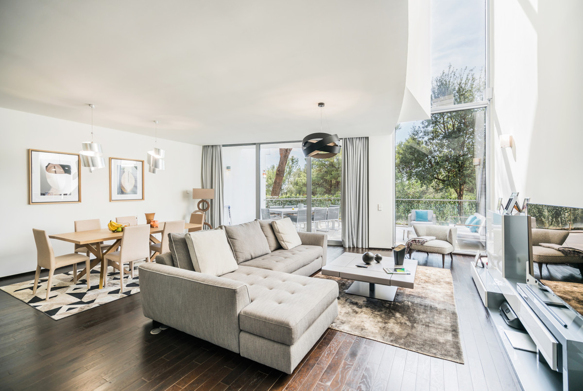 Town House for sale in Meisho Hills, Marbella Golden Mile, with 2 bedrooms, 2 bathrooms, 1 toilets a,Spain