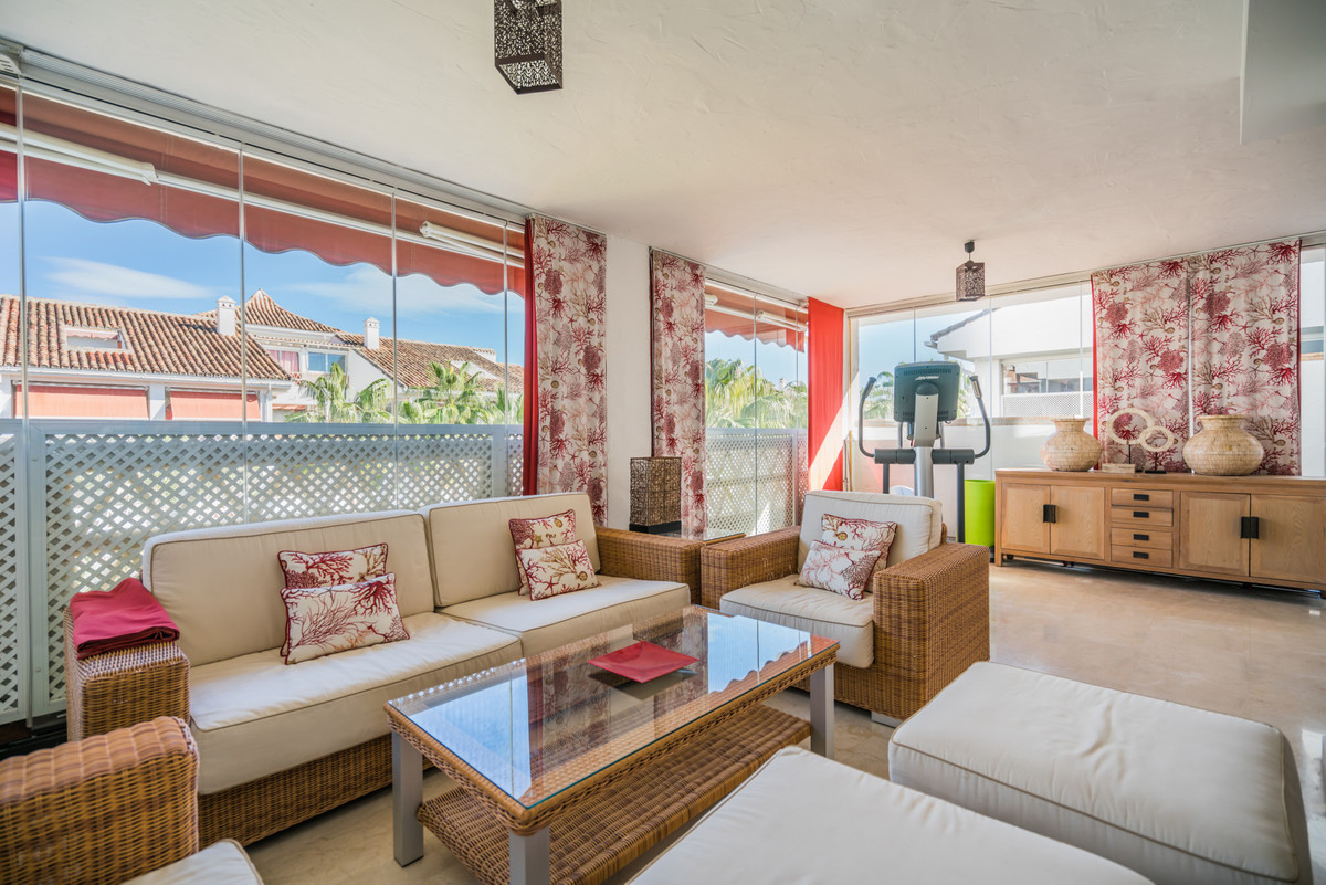 5 bedroom apartment for sale the golden mile