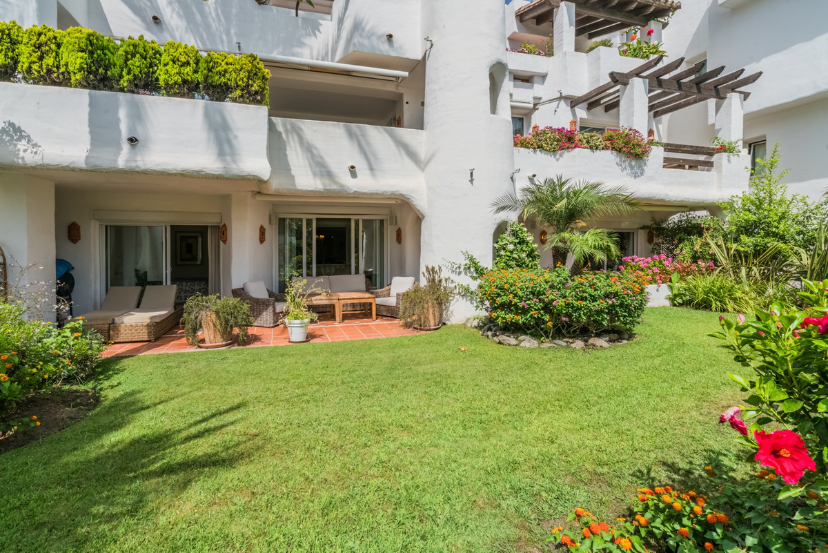 Ground Floor Apartment for sale in Ventura del Mar, Marbella - Puerto Banus, with 4 bedrooms, 5 bath, Spain