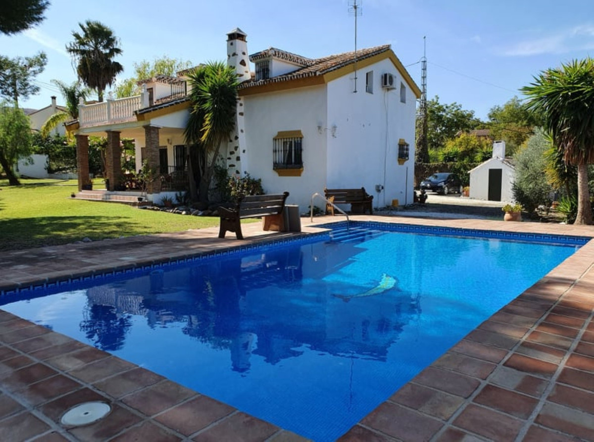 Ref:R3797485 Villa - Finca For Sale in Coín