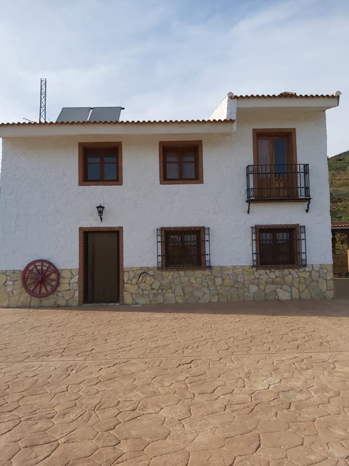 An awesome equestrian property with an OCA code for unlimited number of horses !  A well built tradi,Spain