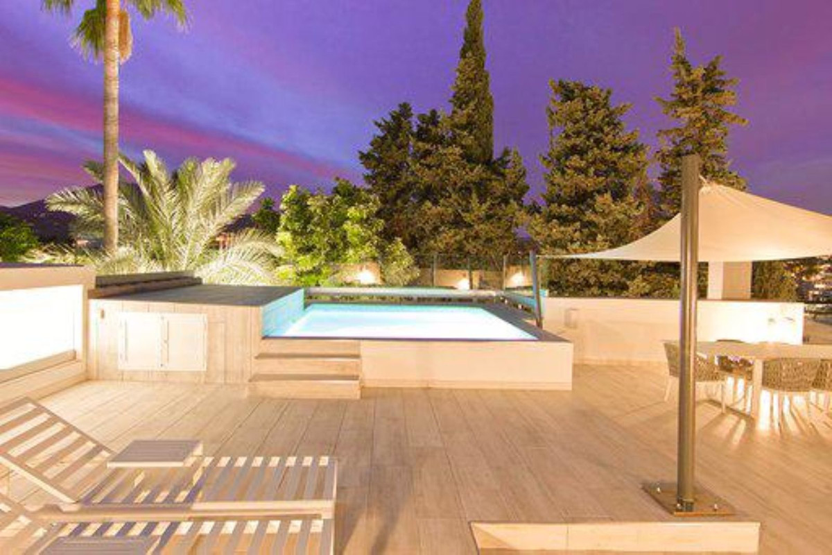 This villa is all about location, location, location. Build up to the highest standards, with a mode, Spain