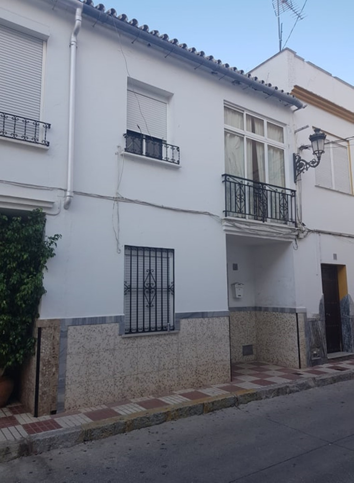 Ref:R3552916 Townhouse - Terraced For Sale in Coín