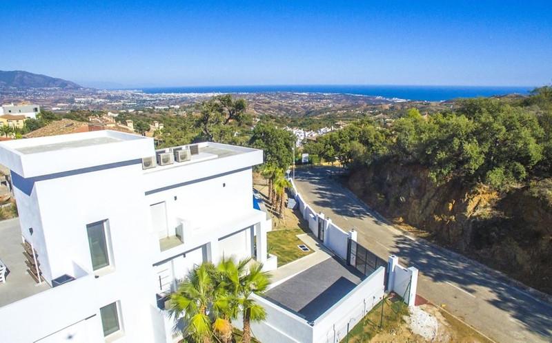 Residential Plot in La Mairena for sale