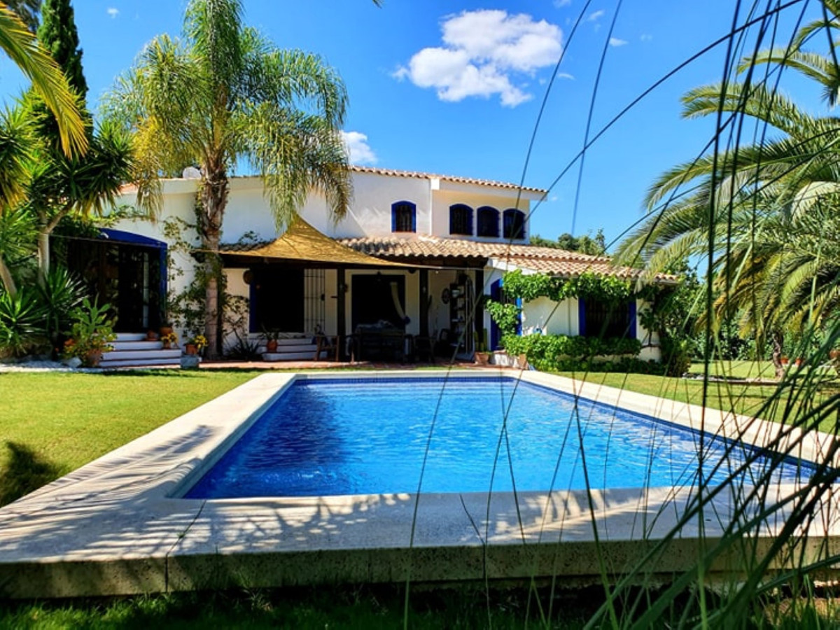 Ref:R3797440 Villa - Finca For Sale in Coín