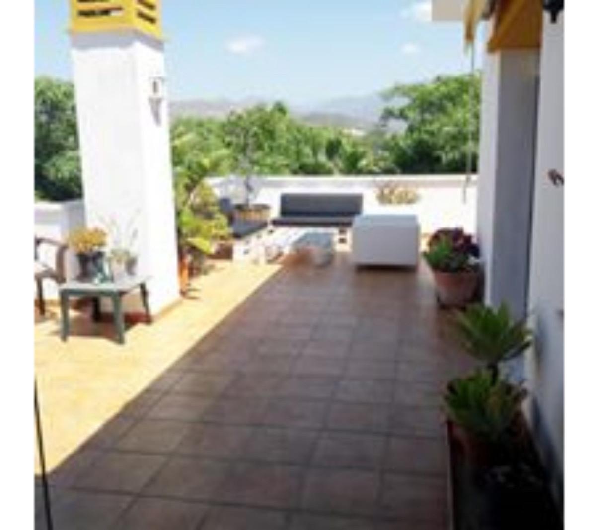 Ático en Venta en Nueva Andalucía – R3442741