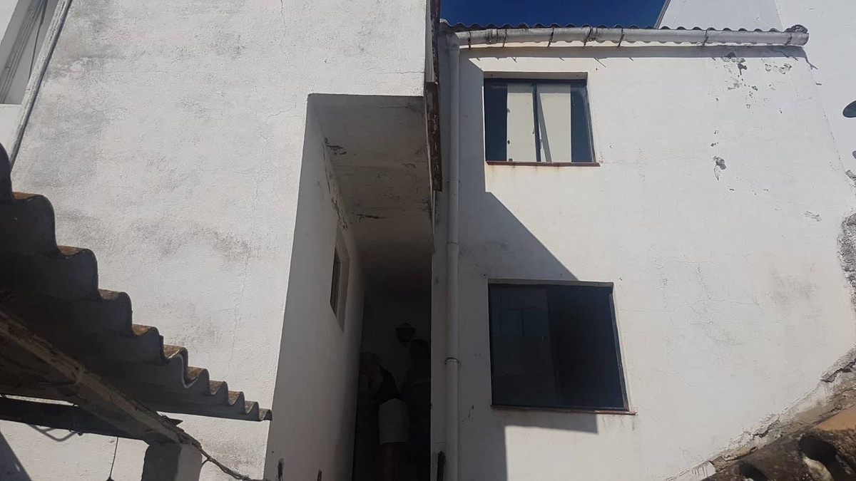 Ref:R3222607 Townhouse - Terraced For Sale in Coín
