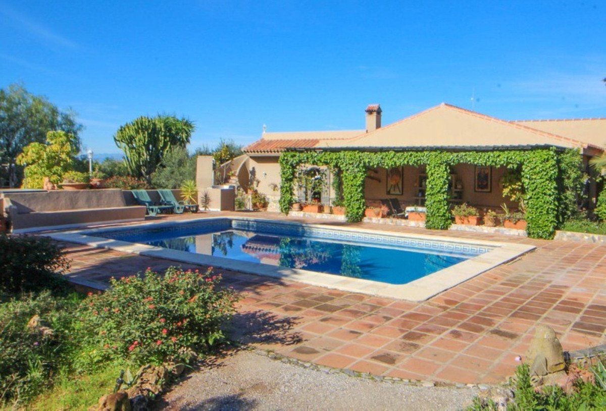 Ref:R3797266 Villa - Finca For Sale in Alhaurín el Grande