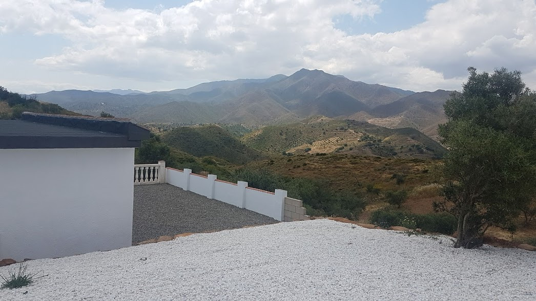 Immaculately Presented COUNTRY HOME.. Located near to the Mijas Costa.. Within 10 minute drive La Ca,Spain