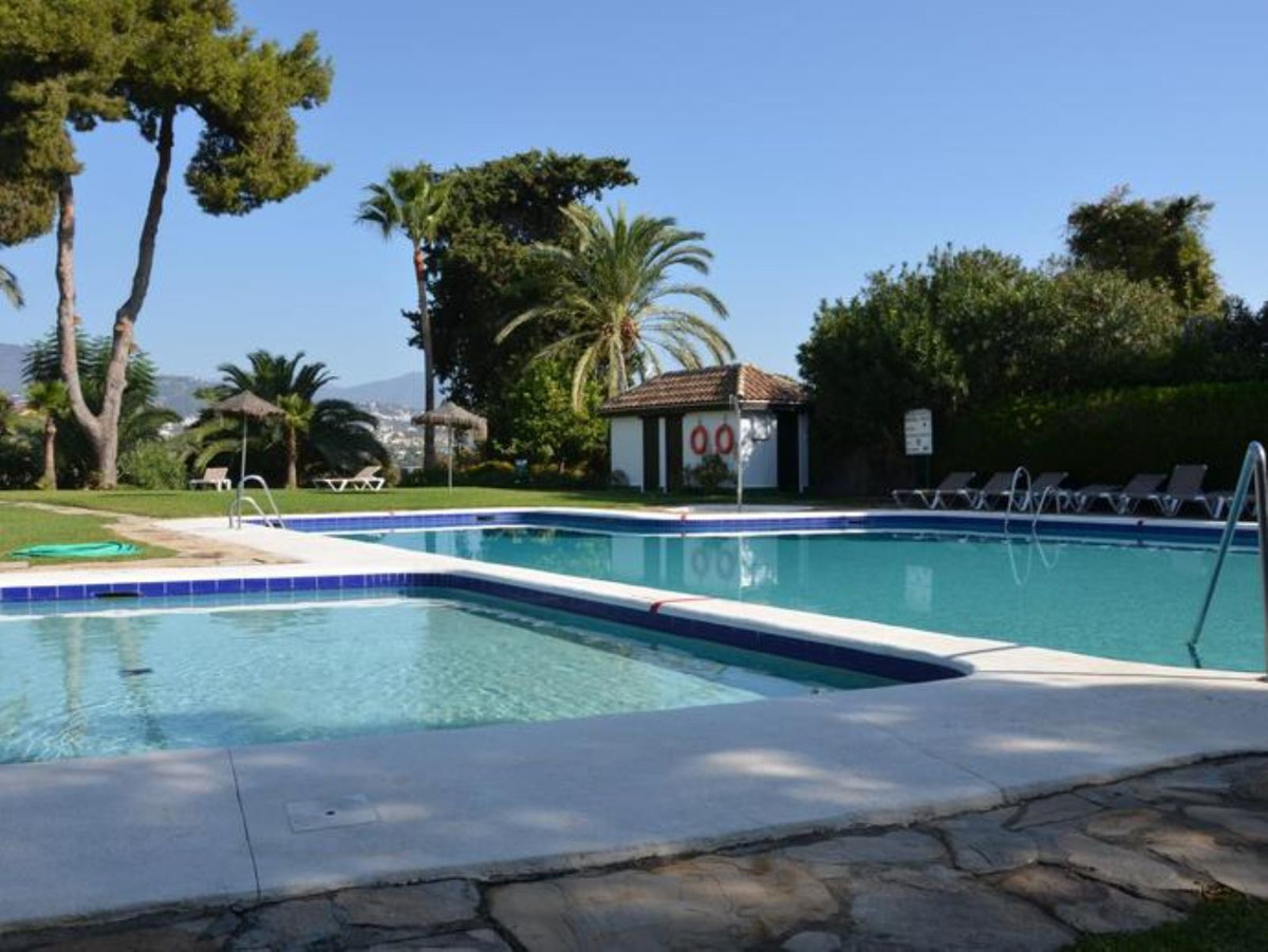 Ref:R3598475 Townhouse - Terraced For Sale in Atalaya