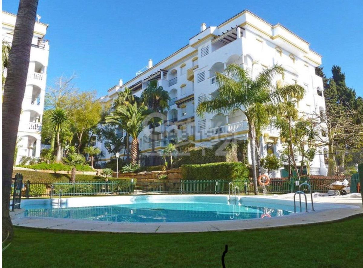Ref:R3483079 Apartment - Ground Floor For Sale in The Golden Mile
