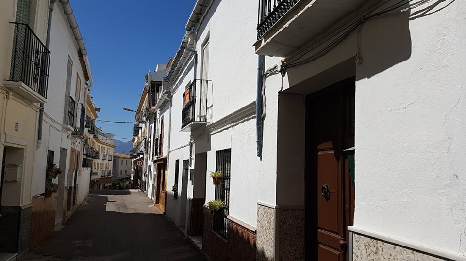 Ref:R3224038 Townhouse - Terraced For Sale in Coín