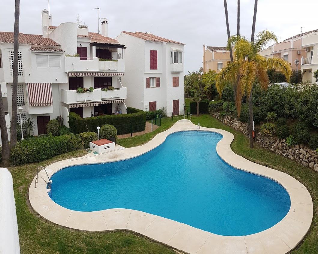 Marbella Banus Apartamento Planta Media en Venta en Bel Air – R3159979