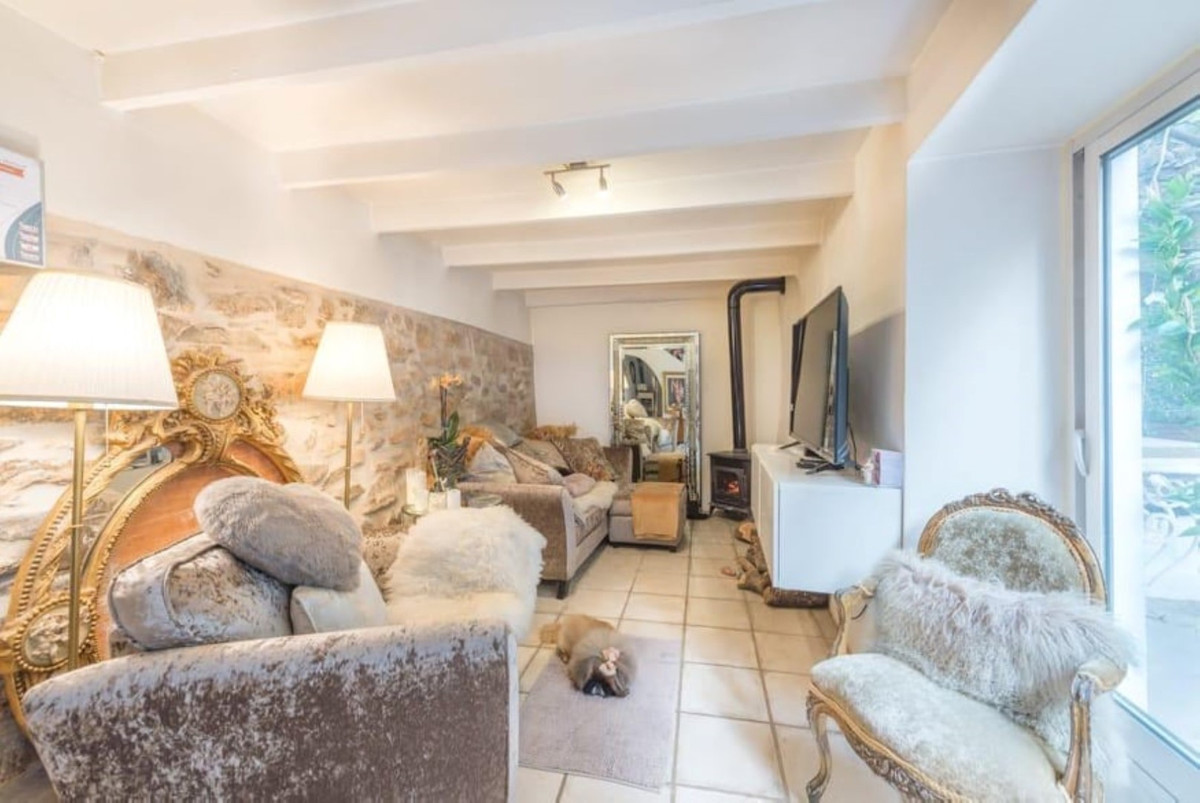 Ref:R3369622 Townhouse - Terraced For Sale in Guaro