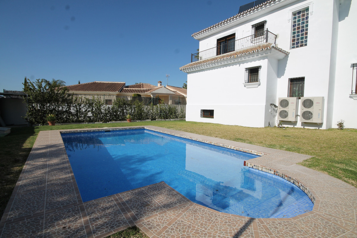House in Alhaurín el Grande R3636443 1
