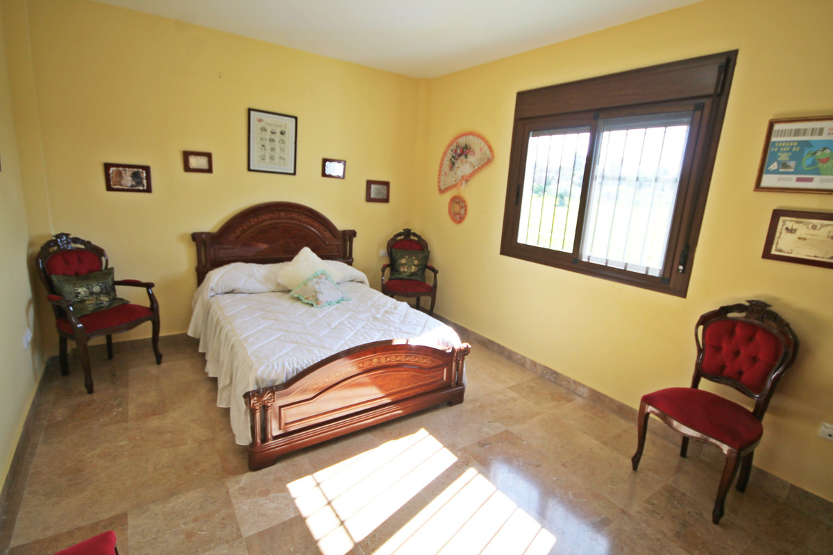House in Alhaurín el Grande R3636443 7