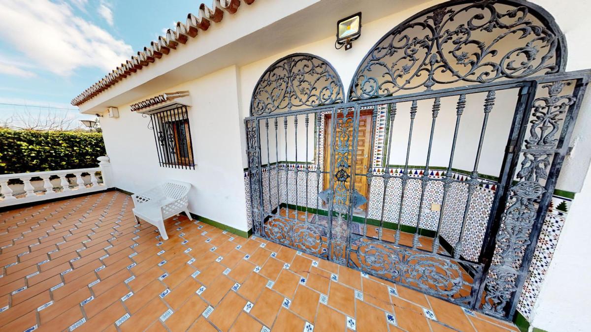 House in Alhaurín de la Torre R3586249 2