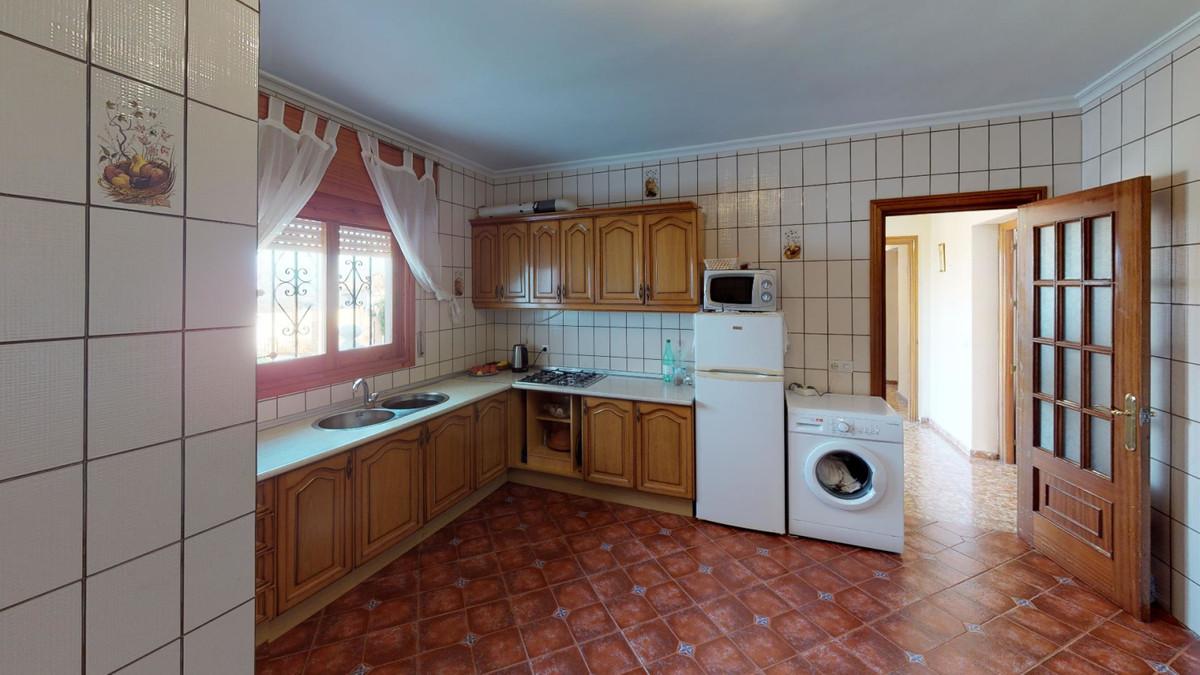 House in Alhaurín de la Torre R3586249 22