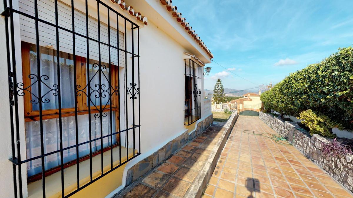 House in Alhaurín de la Torre R3586249 24