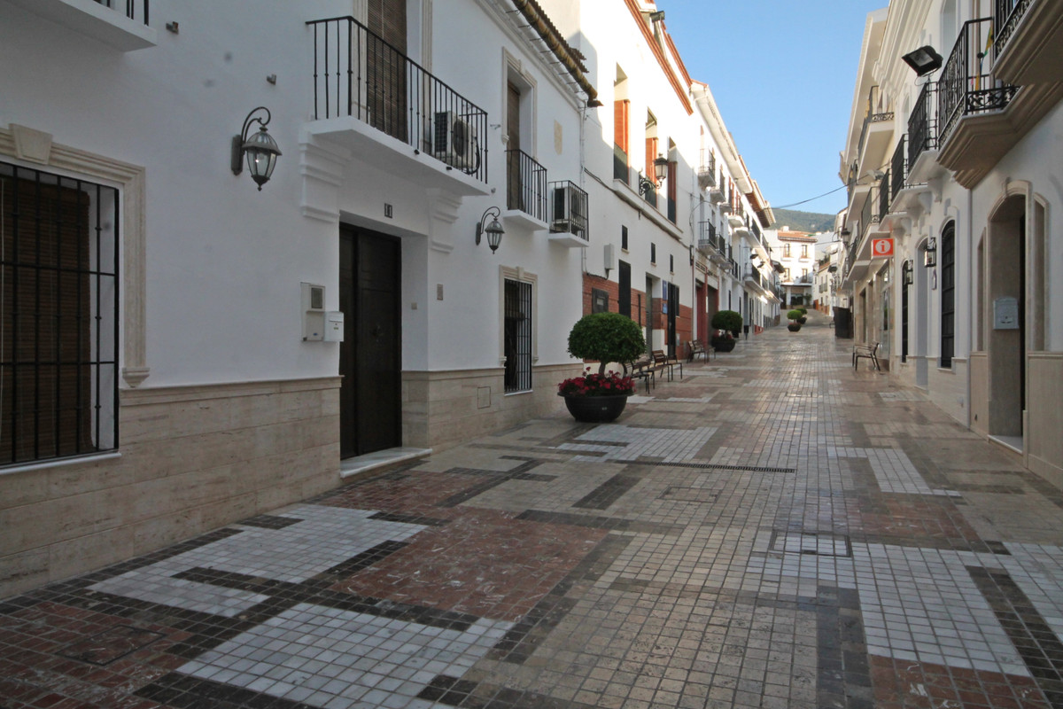 4 Bedroom Terraced Townhouse For Sale Alhaurín el Grande