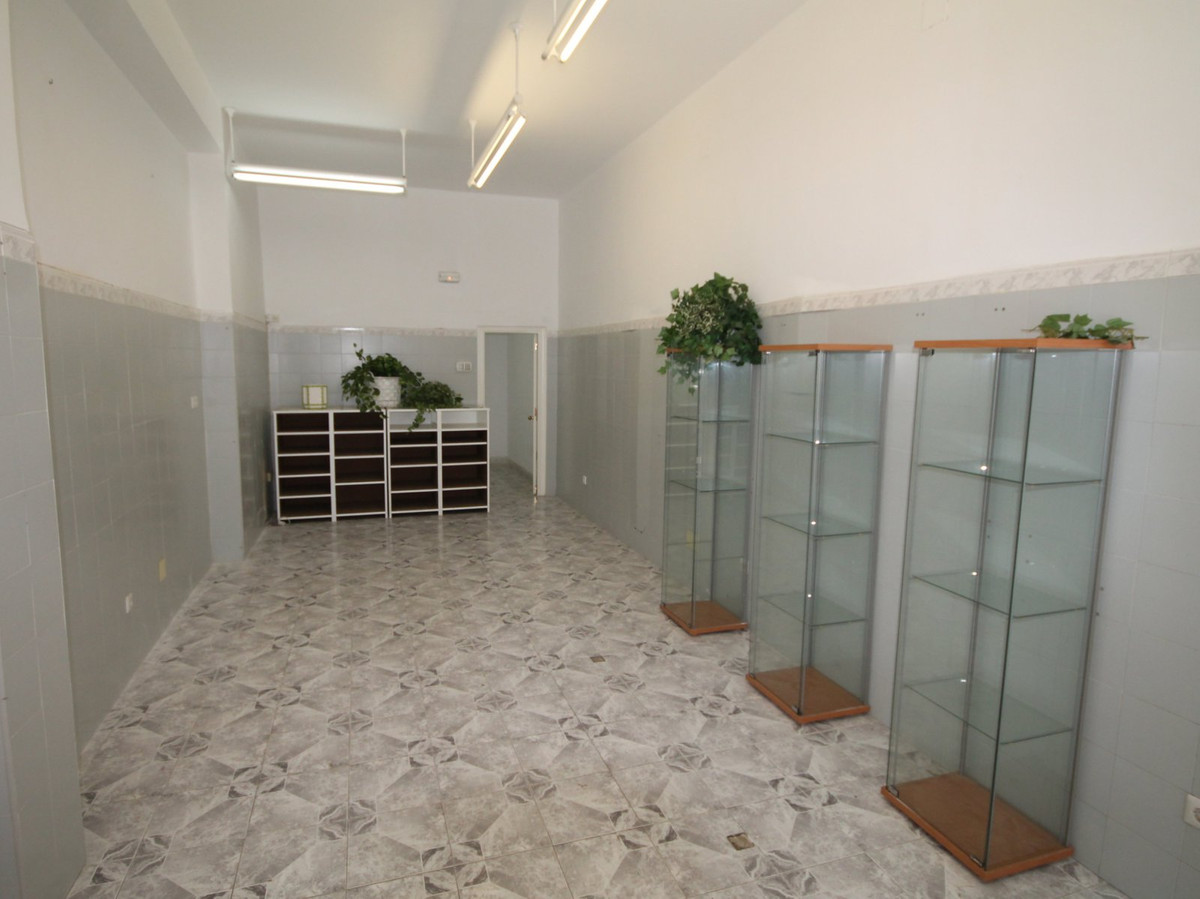 R2736905: Commercial for sale in Fuengirola