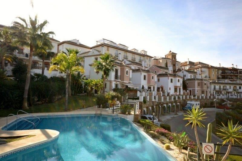 Pareada  en venta en  Mijas Golf, Costa del Sol – R2497145