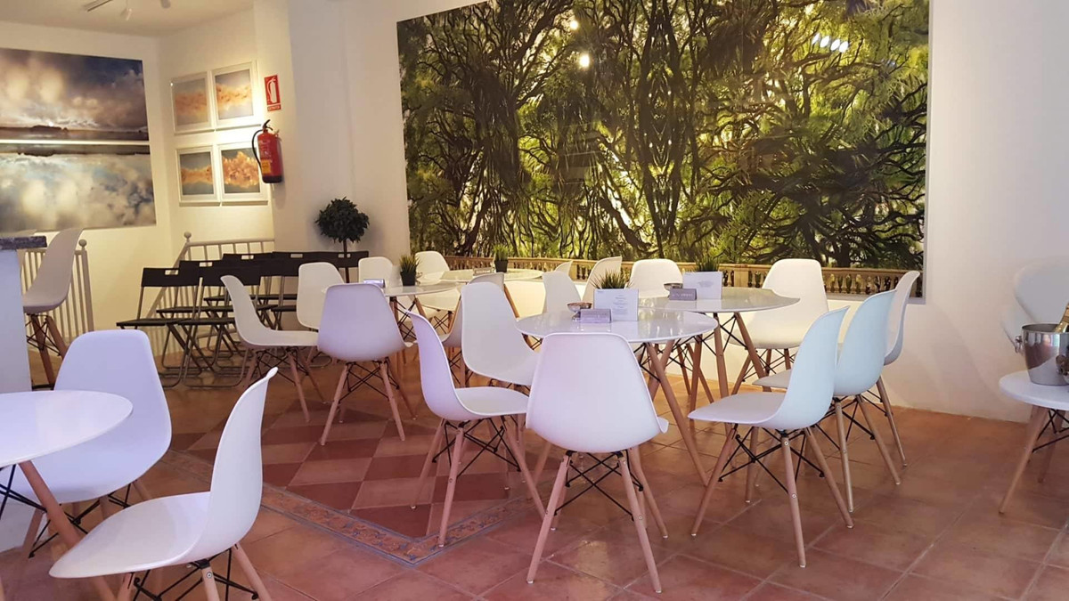 This modern bar is located in the central part of Fuengirola between Plaza de Constitution and bus s, Spain