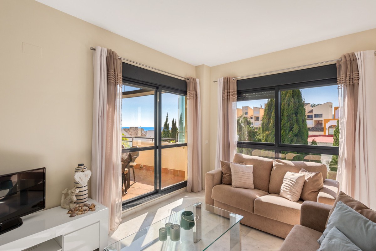 Apartment in New Golden Mile R3611234 6