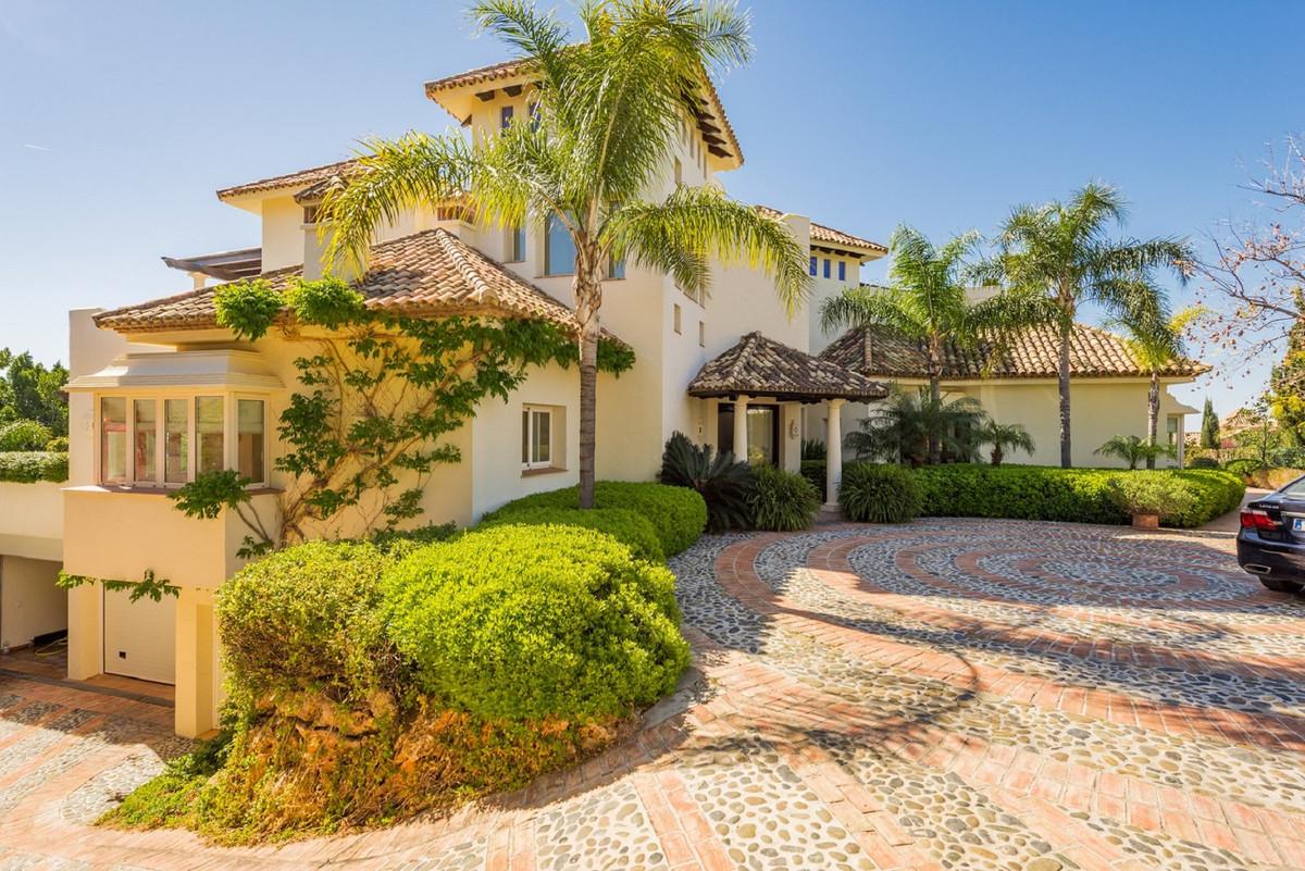 Detached Villa for sale in Monte Halcones R3401944