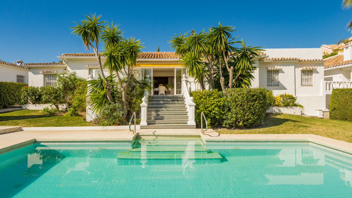 Atalaya Alta/Monte Biarritz  This one-level villa is situated in a quiet cul-de-sac yet minutes away,Spain