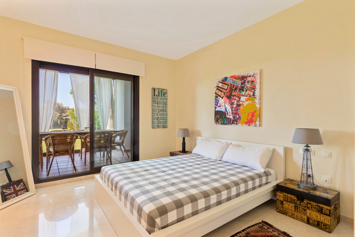 2 Bedroom Ground Floor Apartment For Sale New Golden Mile
