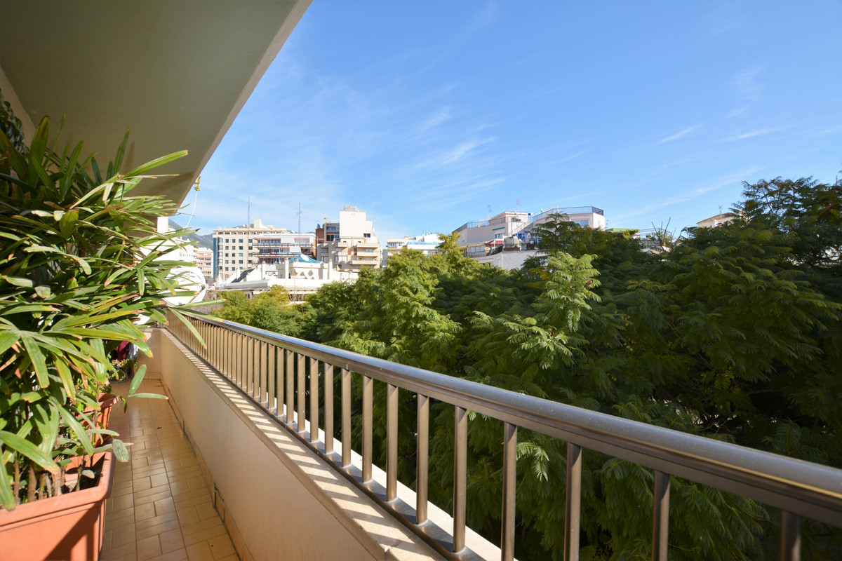 New to the market, Marbella Center! Apartment with 3 bedrooms and 2 bathrooms in the center of Marbe, Spain