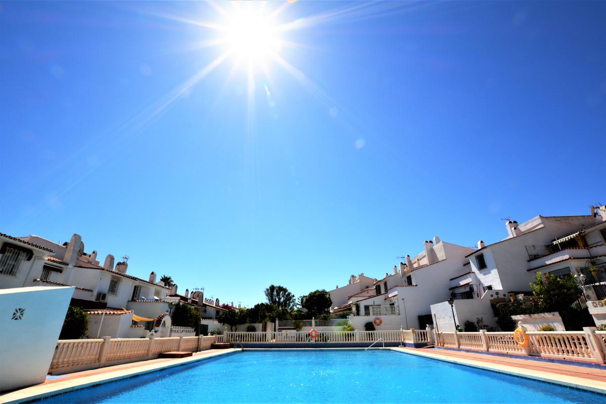 House - Estepona - R3703142 - mibgroup.es