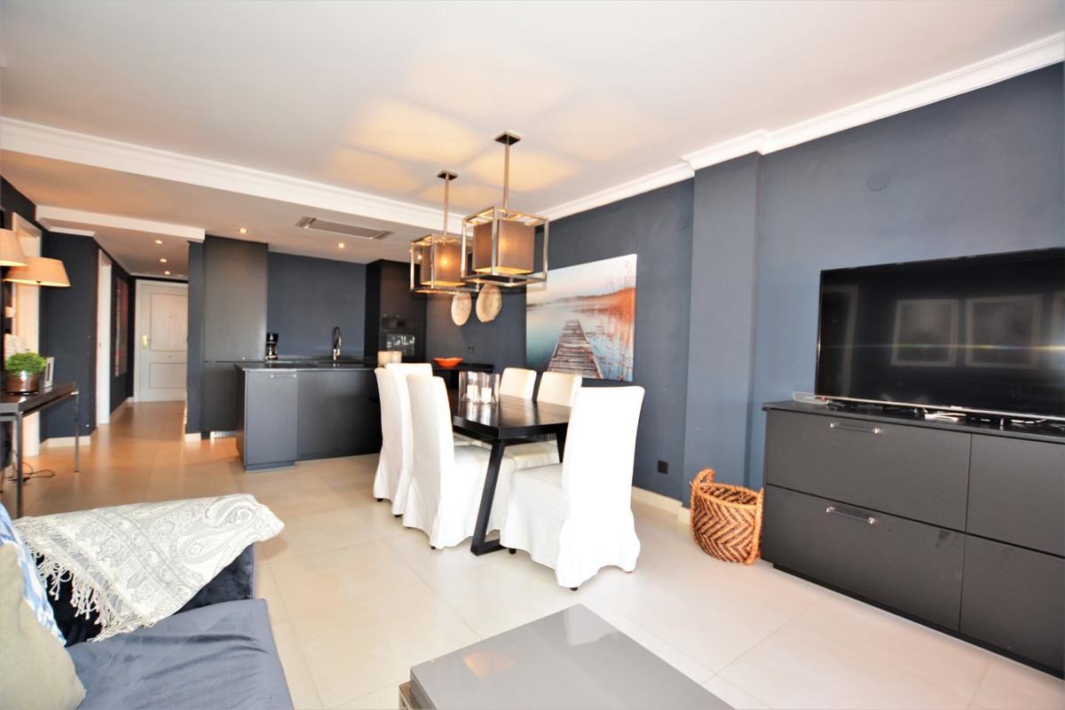 Apartamento en Venta en Costabella – R2817359