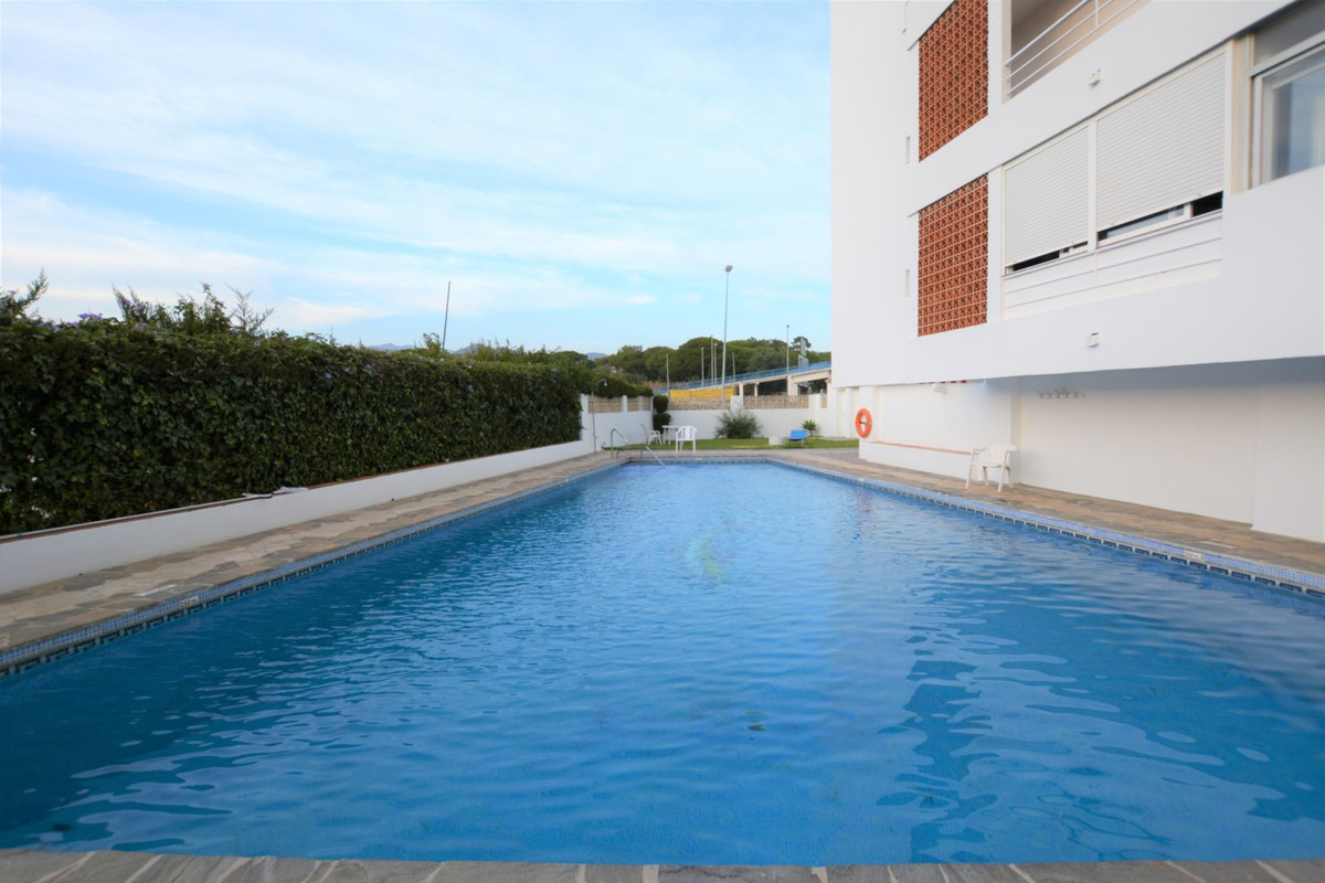 Appartement te koop in Costabella R3014684