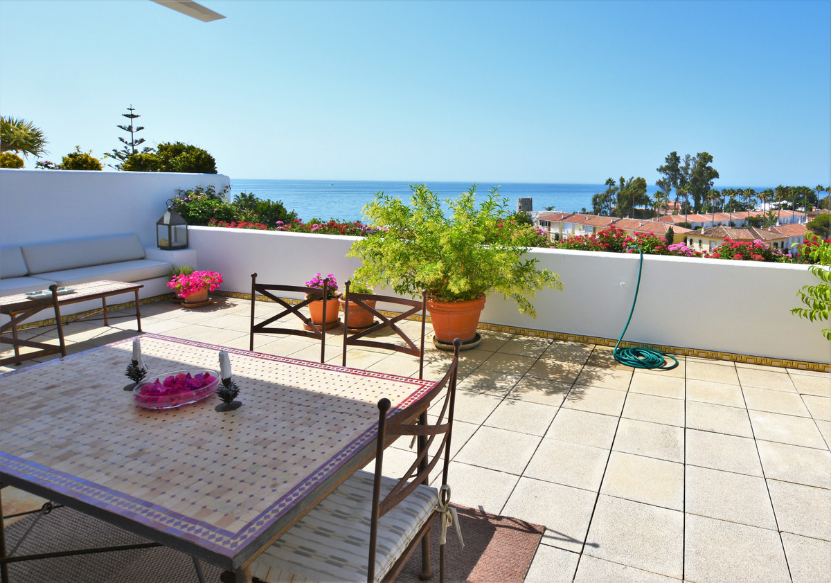 UNBEATABLE PANORAMIC SEA VIEWS!!, SPACIOUS AND BRIGHT EXCLUSIVE BEACHFRONT APARTMENT!!  Spectacular , Spain