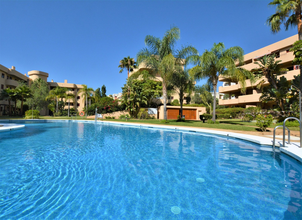 LARGE VERY SUNNY TERRACE, NEAR EVERYTHING, GREAT INVESTMENT !!  Immaculate apartment with 2 bedrooms,Spain