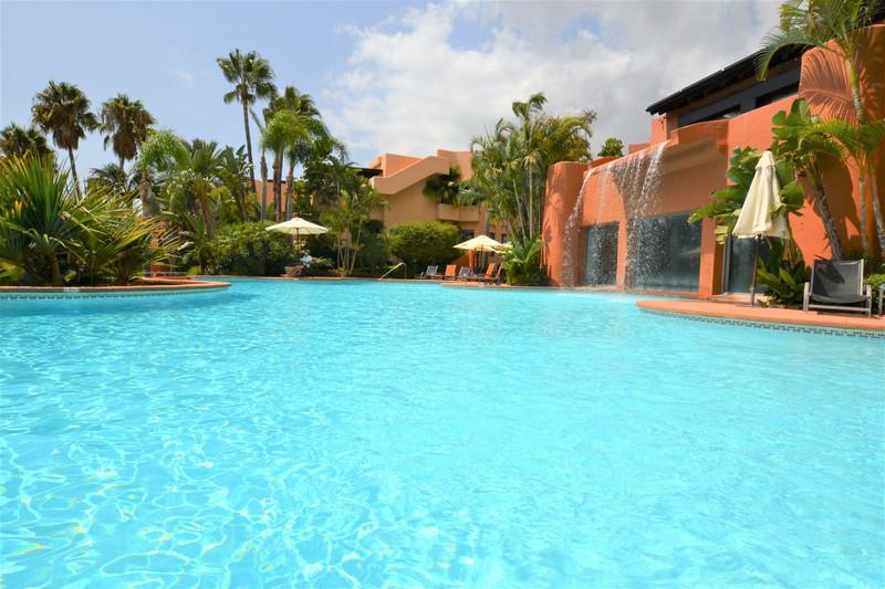 Marbella Banus Apartamento Planta Baja en venta en Marbella – R3241312