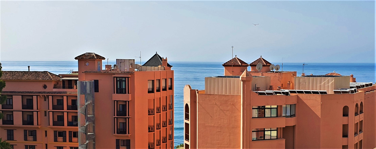 Top Floor Apartment for sale in Marbella R3481561