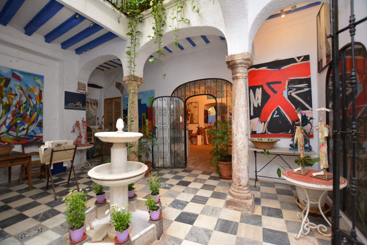 INVESTMENT OPPORTUNITY IN THE OLD TOWN OF MARBELLA  Excellent opportunity to invest in a property bu,Spain