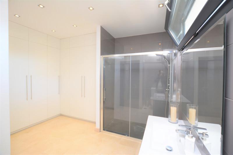 Villa – Chalet en venta en Marbella – R3421420