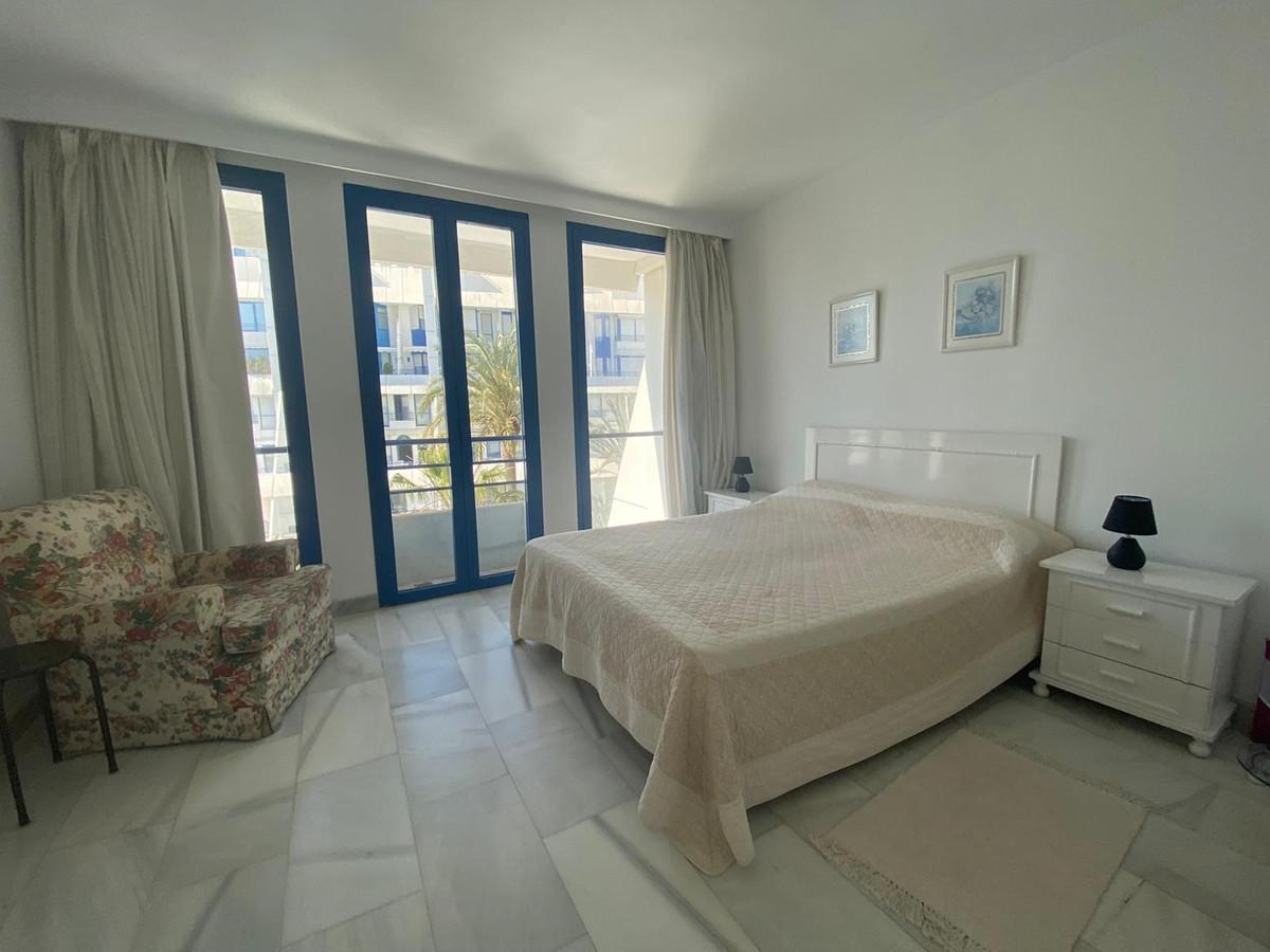 Apartamento en Venta en Marbella – R3612911