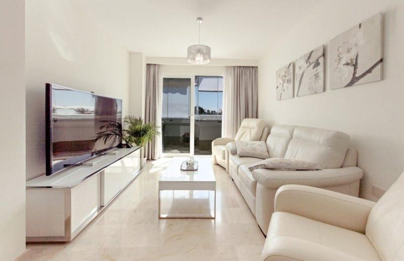 Apartamento Planta Media en venta en Marbella – R3573919